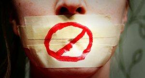 Loi Avia: «qui va véritablement définir le caractère manifestement haineux du message»?