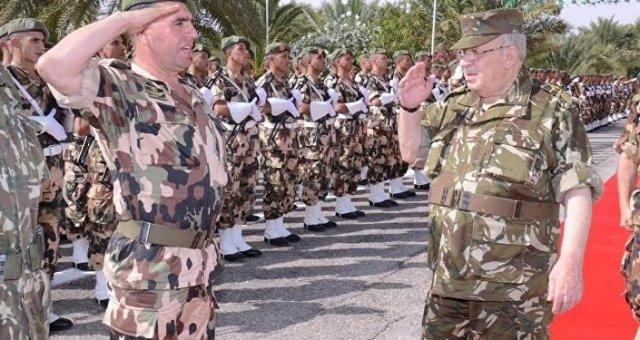 Ahmed Gaid Salah, chef d'État-major de l'armée algérienne