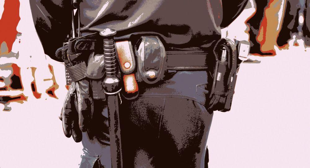 «Violences totalement gratuites»: un policier écope de 18 mois de prison pour avoir matraqué une Gilet jaune