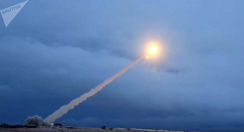 La Russie définit les menaces qui pourraient la forcer à employer l'arme nucléaire