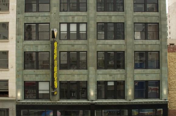 The Broadway Lofts Of Dtla Apartments