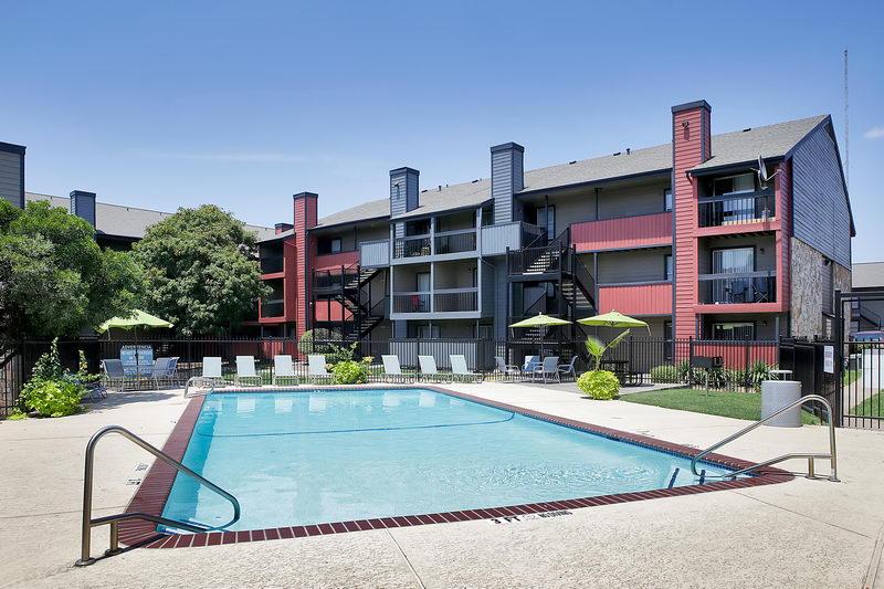 Avesta Solano Apartments, 8800 N Interstate 35, Austin, TX