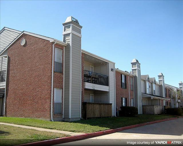 Hawthorne Apartments, 15770 Bellaire Boulevard, Houston