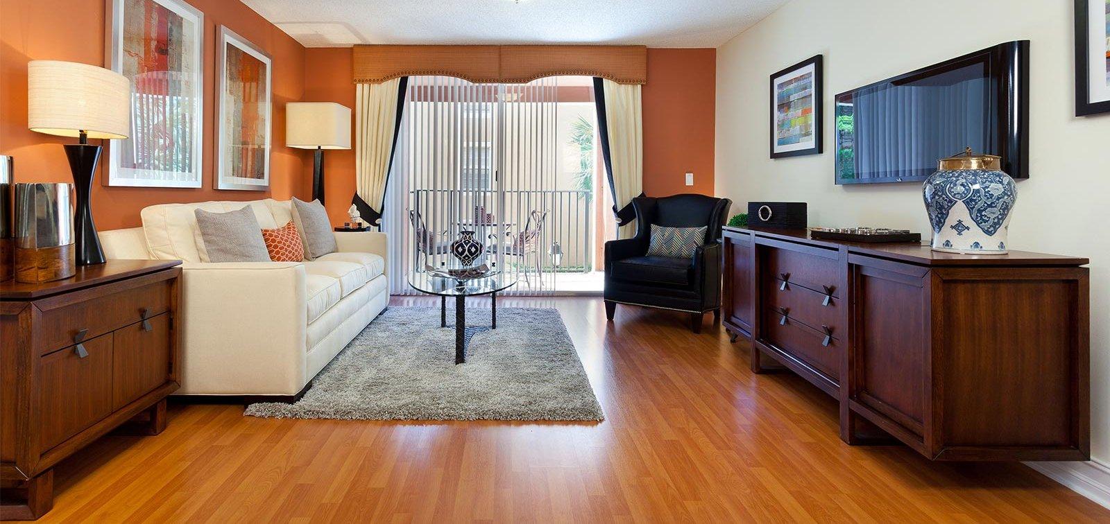 Crescent House Apartments In Miami Lakes Fl