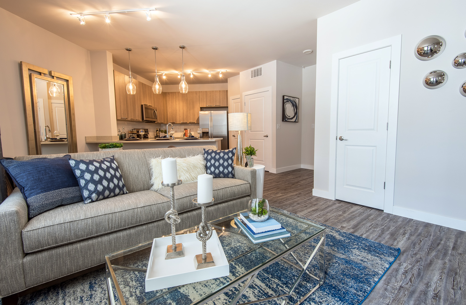 Photos of Luxury Apartments in Wauwatosa WI