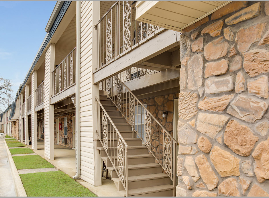 Brookstone Apartment Homes  Apartments in Tuscaloosa AL