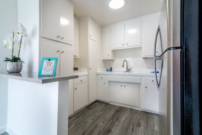 Glade Apartments In Woodland Hills Ca
