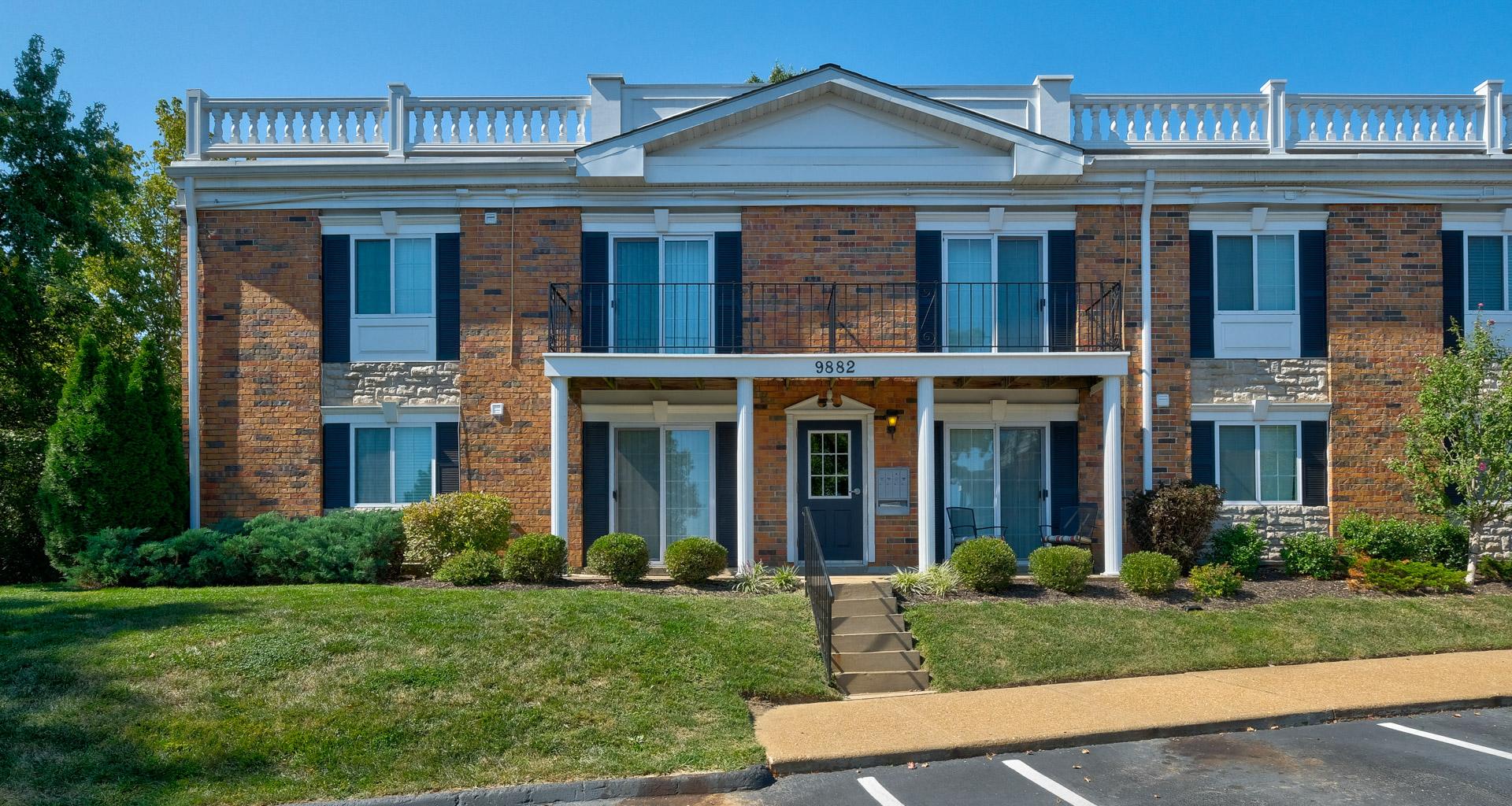 Heritage Estates  Apartments in St Louis MO