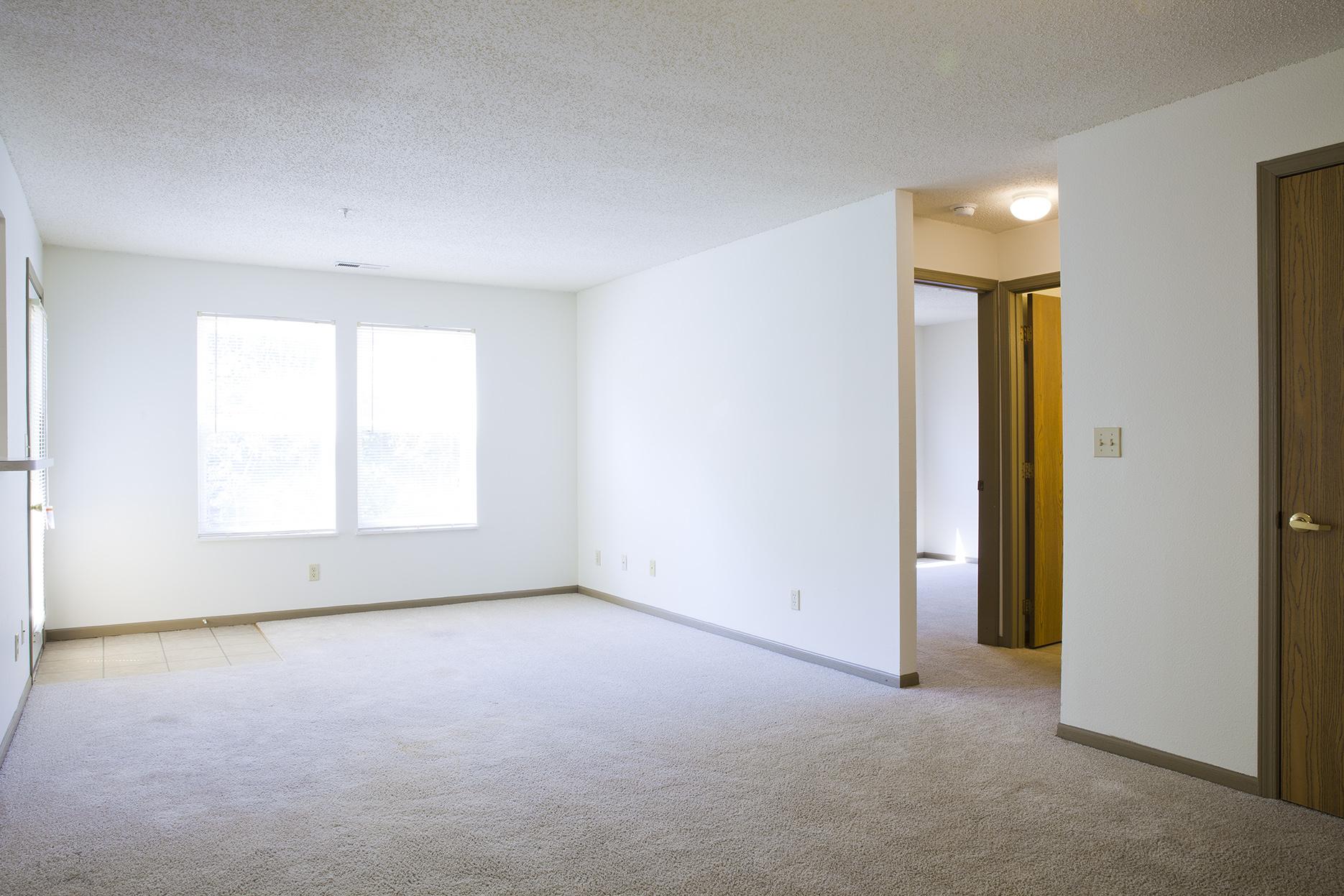 Bradford Woods Apartments 6900 N Summershade Circle Peoria IL  RENTCaf