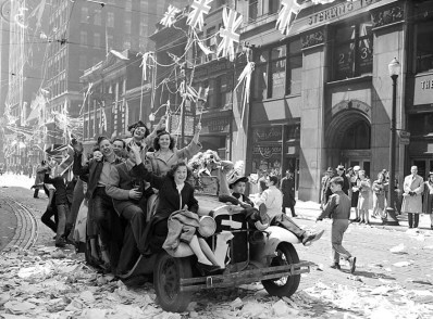 Mayor Saunders declared May 8th a public holiday and so Torontoians streamed out into the streets to celebrate.