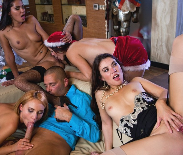 A Christmas Orgy With Candy Alexa Nataly Von Tiffany Doll And More