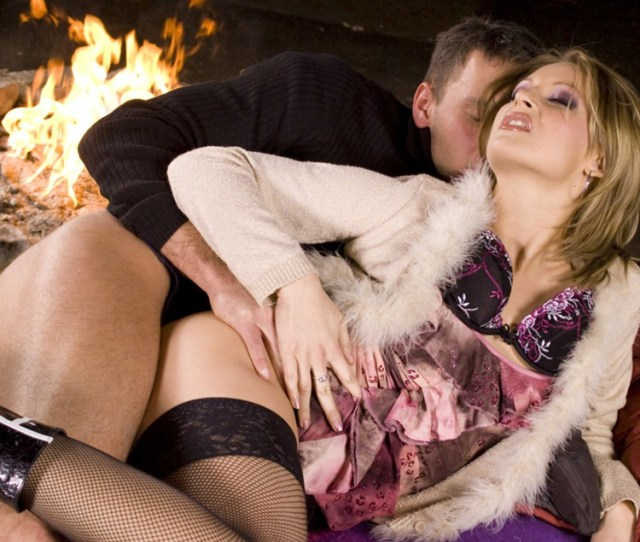 Nothing Says A Lovely Date Like Some Anal Sex By The Fire