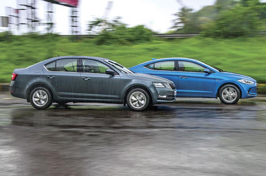new corolla altis vs skoda octavia grand avanza 1.3 g m/t basic 2018 2017 hyundai elantra comparison autocar india