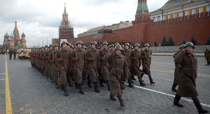 Moscow to hold largest military parade since end of Soviet