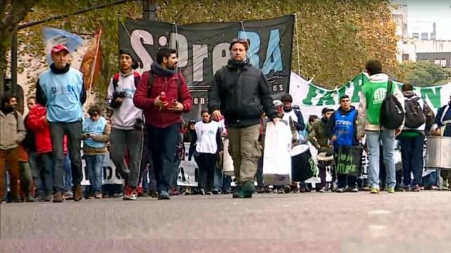 """""""Estado de alerta"""" en Argentina: """"Sin pluralidad de medios no hay democracia"""""""