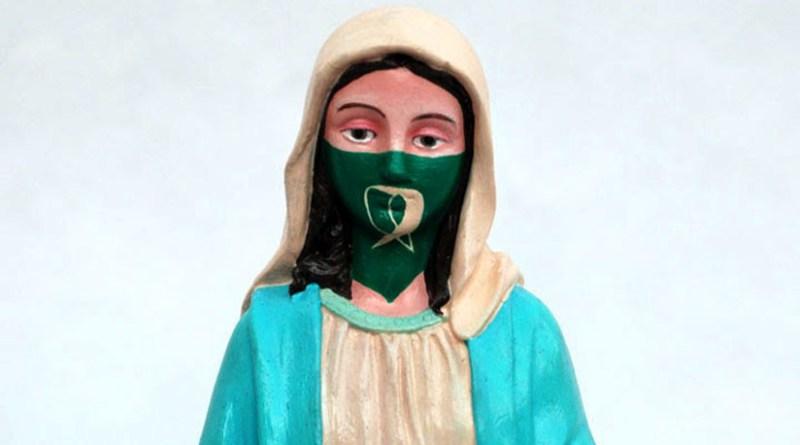 Argentina. Virgen María con el pañuelo verde del aborto legal