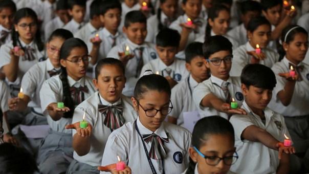 India: Se suicidan 21 estudiantes tras reprobar un examen