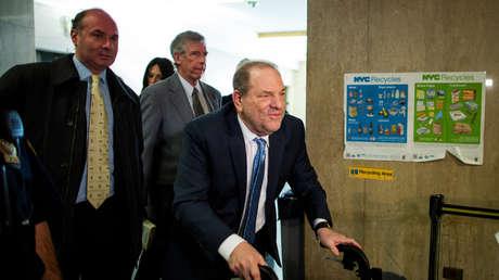 El productor Harvey Weinstein, declarado culpable por acto sexual criminal y violación