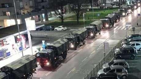 VIDEO: Un 'convoy de la muerte' traslada a otras ciudades italianas ataúdes de víctimas del covid-19 que Bérgamo ya no puede cremar