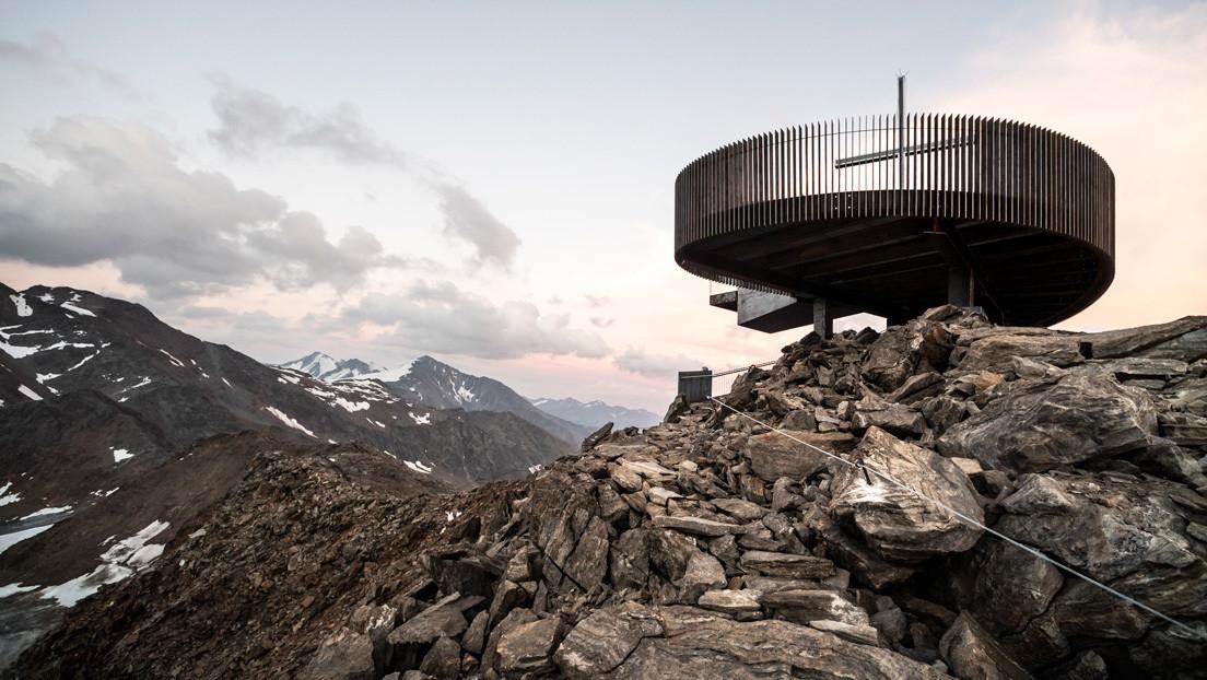 FOTOS: Inauguran un innovador mirador en los Alpes italianos con el nombre de la momia Ötzi