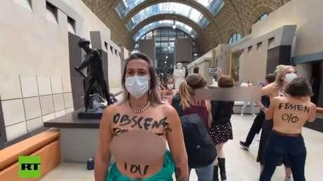 VIDEO: Activistas de Femen protestan en el Museo d'Orsay tras el polémico incidente con el escote de una visitante