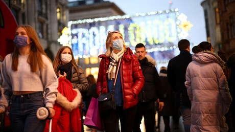 Boris Johnson anuncia nuevas restricciones debido a la rápida propagación de la nueva variante del coronavirus antes de las fiestas