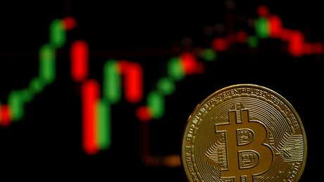 Experto advierte que el bitcoin podría caer por debajo de los 10,000 dólares
