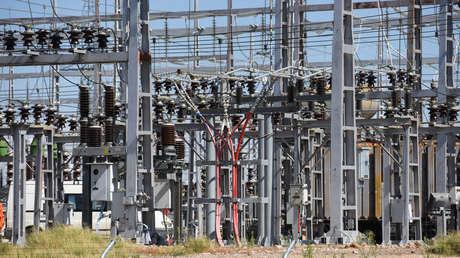 El Gobierno de España recorta 2.500 millones de euros a las eléctricas y aprueba reducciones fiscales para rebajar la factura de la luz
