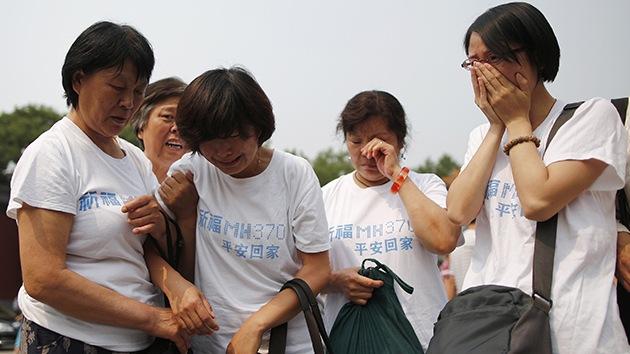 Familias de vctimas del MH370 buscan resolver el misterio por su propia cuenta  RT