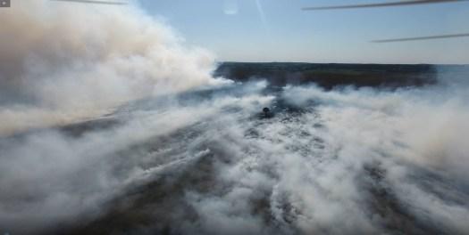 Katastrophenalarm wegen Moorbrand nach Waffentests der Bundeswehr  -  Justiz ermittelt (Video)