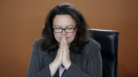 Beten allein wird nicht helfen. Auch unter der Führung von Andrea Nahles hält der Sinkflug der SPD an.
