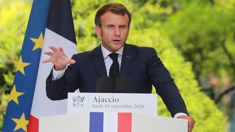 Frankreichs Präsident Emmanuel Macron bei einer Pressekonferenz am 10. September 2020 in Ajaccio, auf der Mittelmeerinsel Korsika: Dort fand der EU-Südstaaten-Gipfel statt.