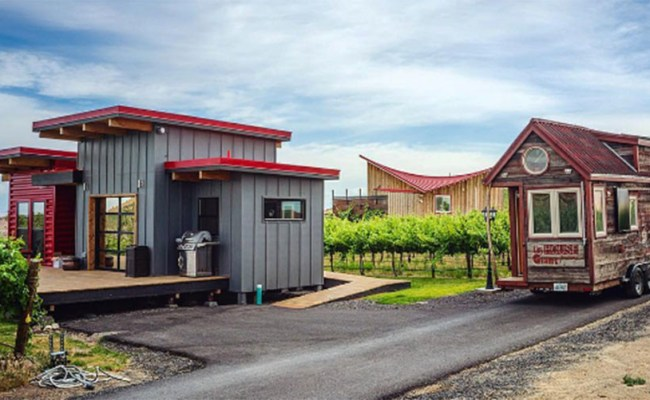 No Anarchists Or Nudists Welcome In Texas Tiny House