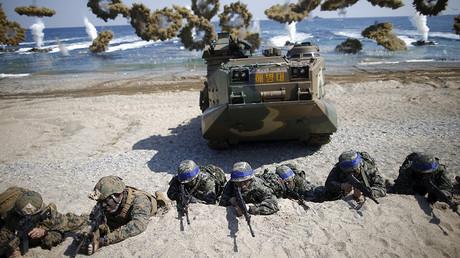 A US-South Korea joint landing operation drill in Pohang, South Korea © Kim Hong-Ji
