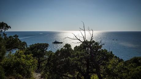Black Sea coast near the Utrish Reserve in the Krasnodar Territory © Vitaliy Timkiv