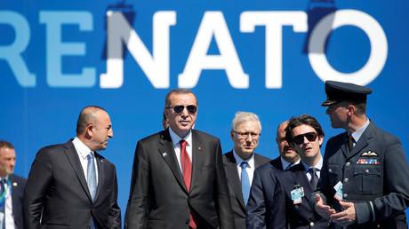 Turkish President Recep Tayyip Erdogan arrives to NATO Summit in Brussels, Belgium, May 25, 2017. © Christian Hartmann