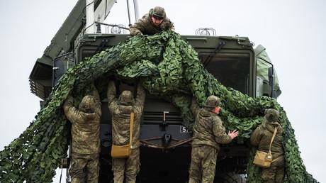 S-400 battery is being deployed in Russia on Jan 13, 2018. © Aleksey Malgavko