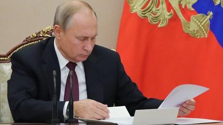October 2, 2018. President Vladimir Putin holds meeting with Government members © Mikhael Klimentyev