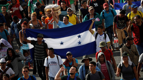 5bcdd7acfc7e93cd1b8b456f US to begin cutting aid to Central American nations for failing to stop migrant 'caravan' - Trump