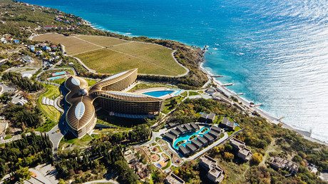 5be56dc4fc7e93f2628b4612 New US sanctions target Russian hotel in Crimea acknowledged as world's best
