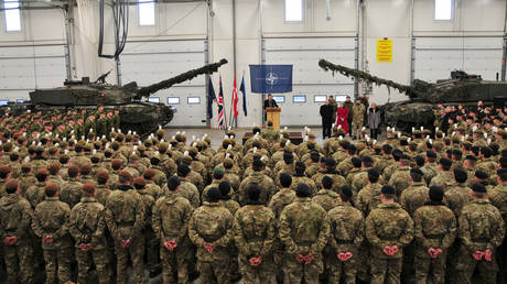 5c2954b9fc7e93b07c8b4607 British Empire 2.0? Defence Sec vows to put UK bases in Caribbean & Asia in post-Brexit expansion