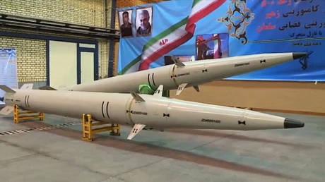 Ra'd-500 missiles on display. © AFP / Handout / Iran Press