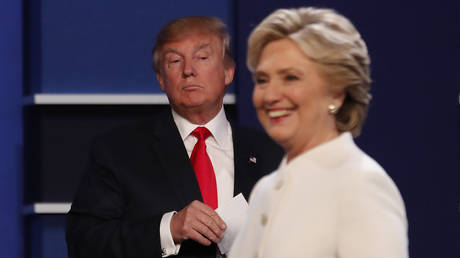 Donald Trump and Hillary Clinton in the final 2016 presidential campaign debate at UNLV in Las Vegas. © Reuters / Mike Blake