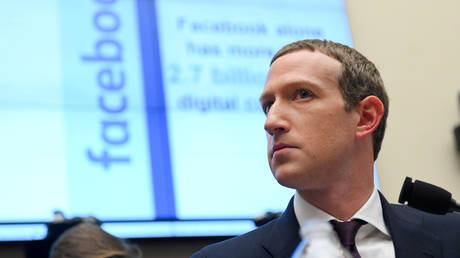 FILE PHOTO: Facebook Chairman and CEO Mark Zuckerberg testifies at a House hearing. ©REUTERS / Erin Scott