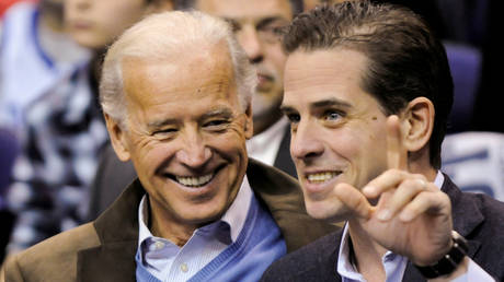 Joe Biden and his son Hunter in Washington, January 30, 2010.