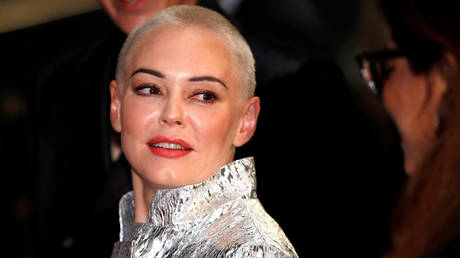 FILE PHOTO. Rose McGowan attends the GQ Men of the Year Awards in 2018. ©REUTERS / Peter Nicholls