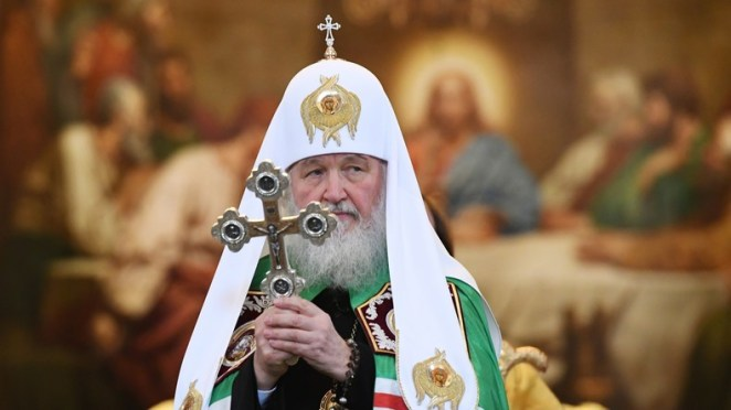 The end is near: for the Russian patriarch Kyrill, the sin is transmitted by the cinema and the theater
