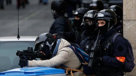 Des policiers prennent position à Nantes le 26 janvier (image d'illustration).