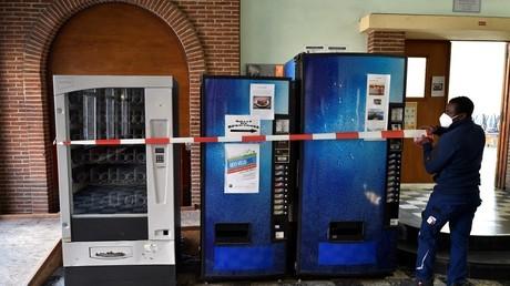 Belgique : plainte collective contre le ministre de l'Intérieur pour confinement «disproportionné»