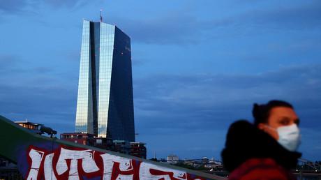 Provokation! La BCE a multiplié les rachats de dette italienne au nez et à la barbe de Karlsruhe